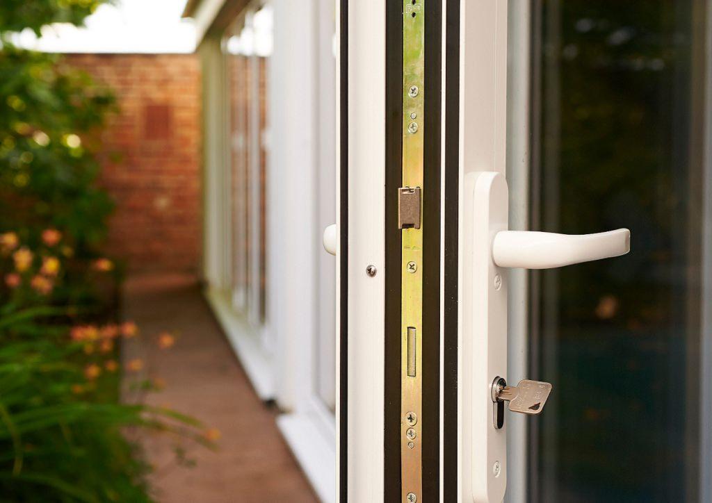 aluminium bi-fold doors